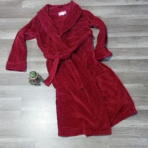 Oscar de la Renta plush wine colored robe, medium